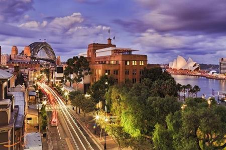 ارسال بار هوایی به سیدنی | حمل لوازم شخصی و وسایل منزل با هواپیما